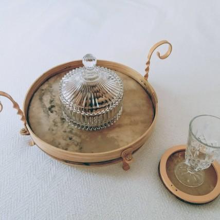 1 Tambuleiro e base de copos
